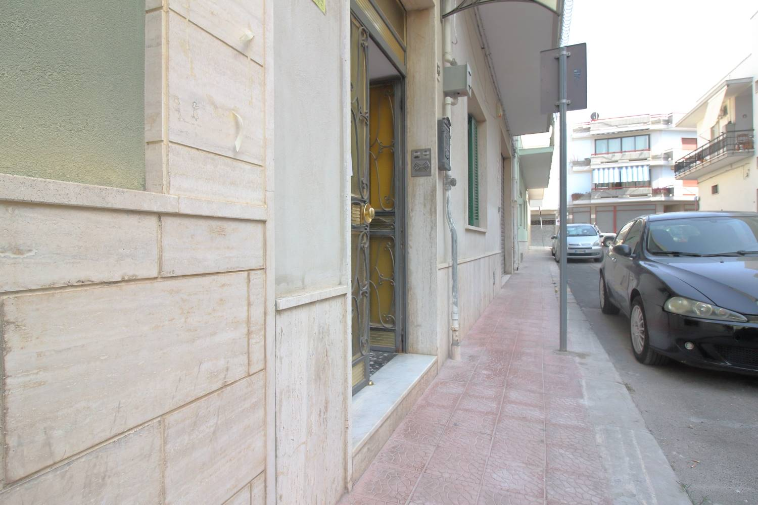 MONOPOLI, Apartment for sale, Habitable, Heating Individual heating system, Energetic class: G, Epi: 165 kwh/m2 year, placed at Ground, composed by: 2 Rooms, Separate kitchen, , 1 Bedroom, 1 Bathroom,