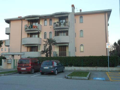 Appartamento in affitto a Pozzuolo Martesana, 3 locali, prezzo € 620   CambioCasa.it