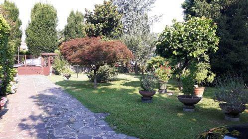 Villa Bifamiliare in vendita a Pozzuolo Martesana, 3 locali, prezzo € 480.000   CambioCasa.it