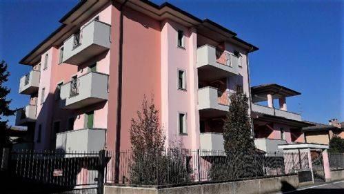 Appartamento in vendita a Pozzuolo Martesana, 3 locali, prezzo € 240.000   CambioCasa.it