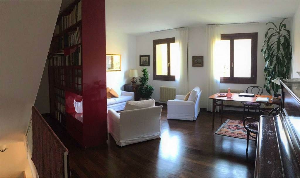 Casa semi indipendente in Via Wolf Ferrari, Mirano