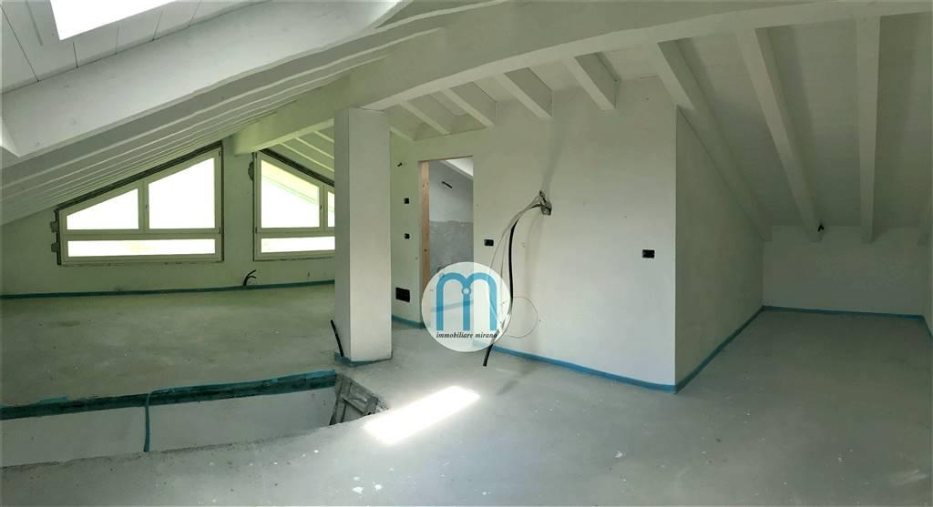 Appartamento in Via  Mariutto 5, Mirano
