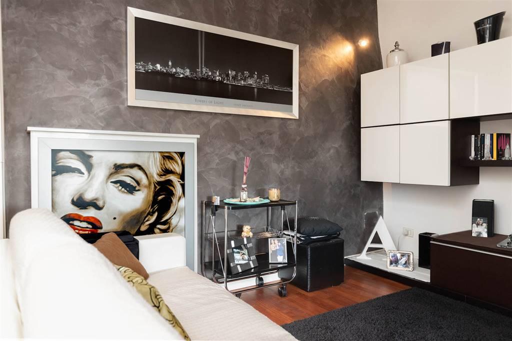 NOSTRA ESCLUSIVA. In località Vallecchia (Pietrasanta-LU) proponiamo per la vendita splendido appartamento indipendente posizionato al primo ed
