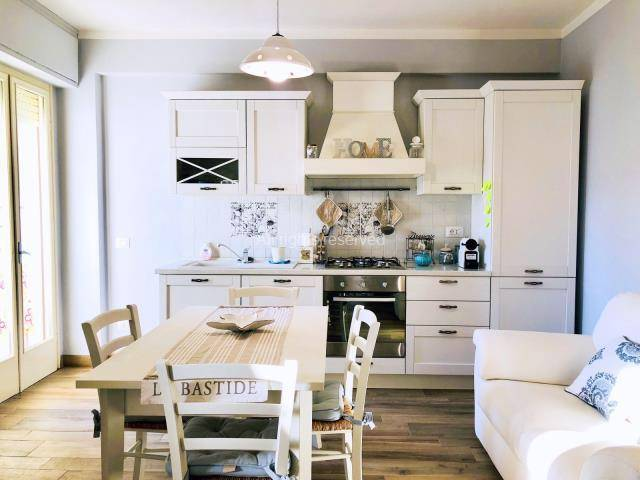 LIDO DI CAMAIORE, CAMAIORE, Apartment for rent of 50 Sq. mt., Restored, Heating Individual heating system, Energetic class: G, placed at 5° on 5,