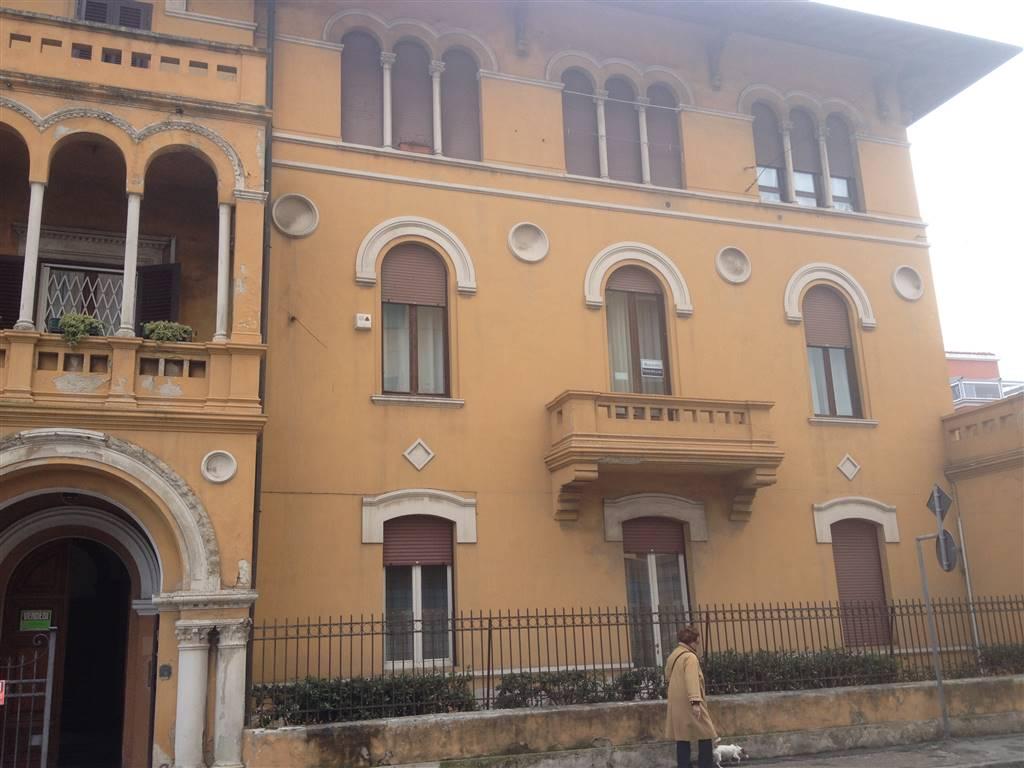 Bilocale in Via Marradi 117, Livorno
