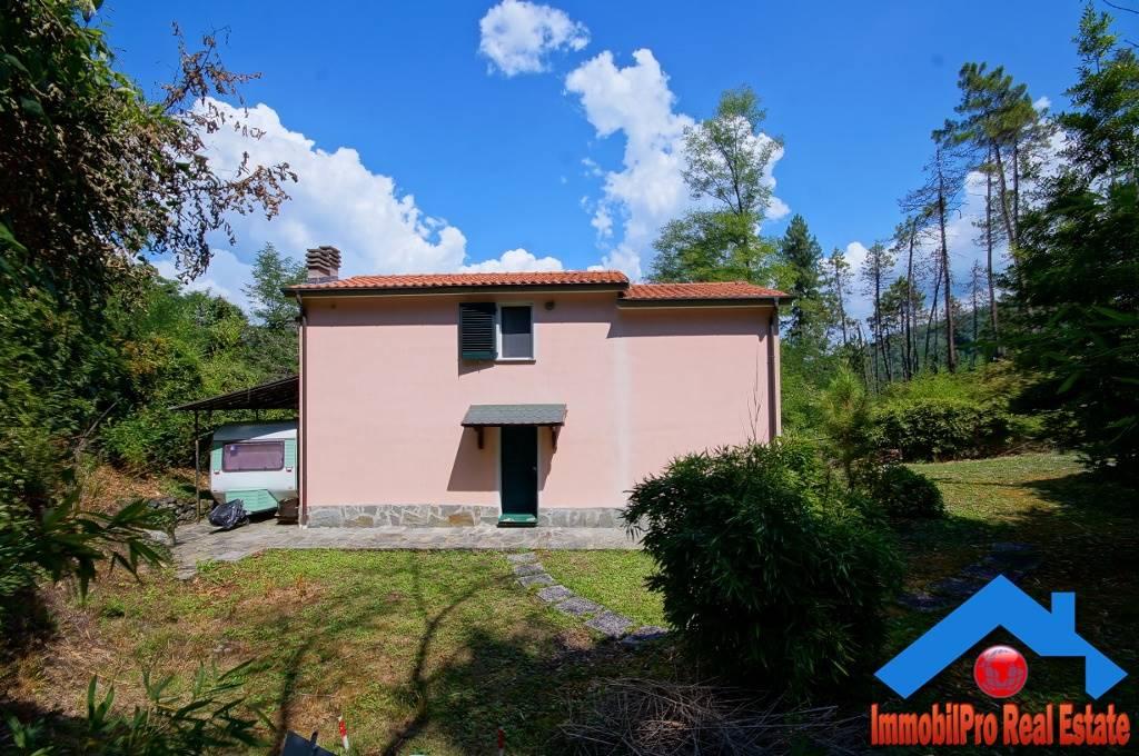Villa a Schiera in vendita a Carrodano, 5 locali, prezzo € 135.000 | PortaleAgenzieImmobiliari.it