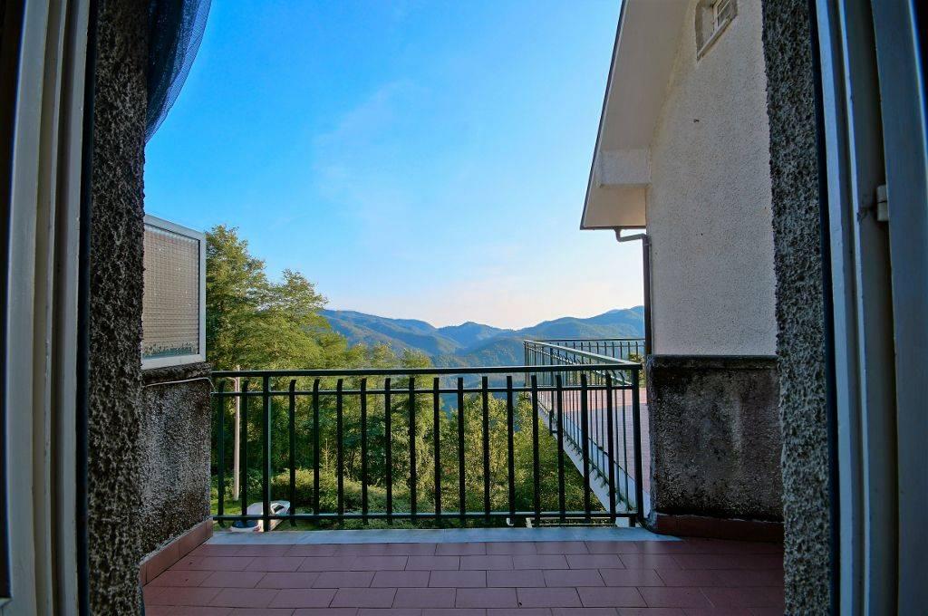 Appartamento in vendita a Carrodano, 2 locali, prezzo € 70.000 | PortaleAgenzieImmobiliari.it