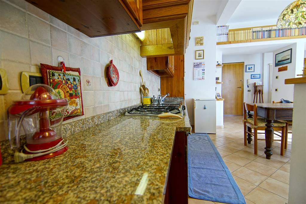 Appartamento in vendita a Levanto, 8 locali, prezzo € 430.000   PortaleAgenzieImmobiliari.it