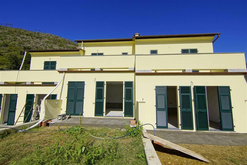 Appartamento in vendita a Levanto, 5 locali, zona Località: SANTANNA, prezzo € 455.000 | CambioCasa.it