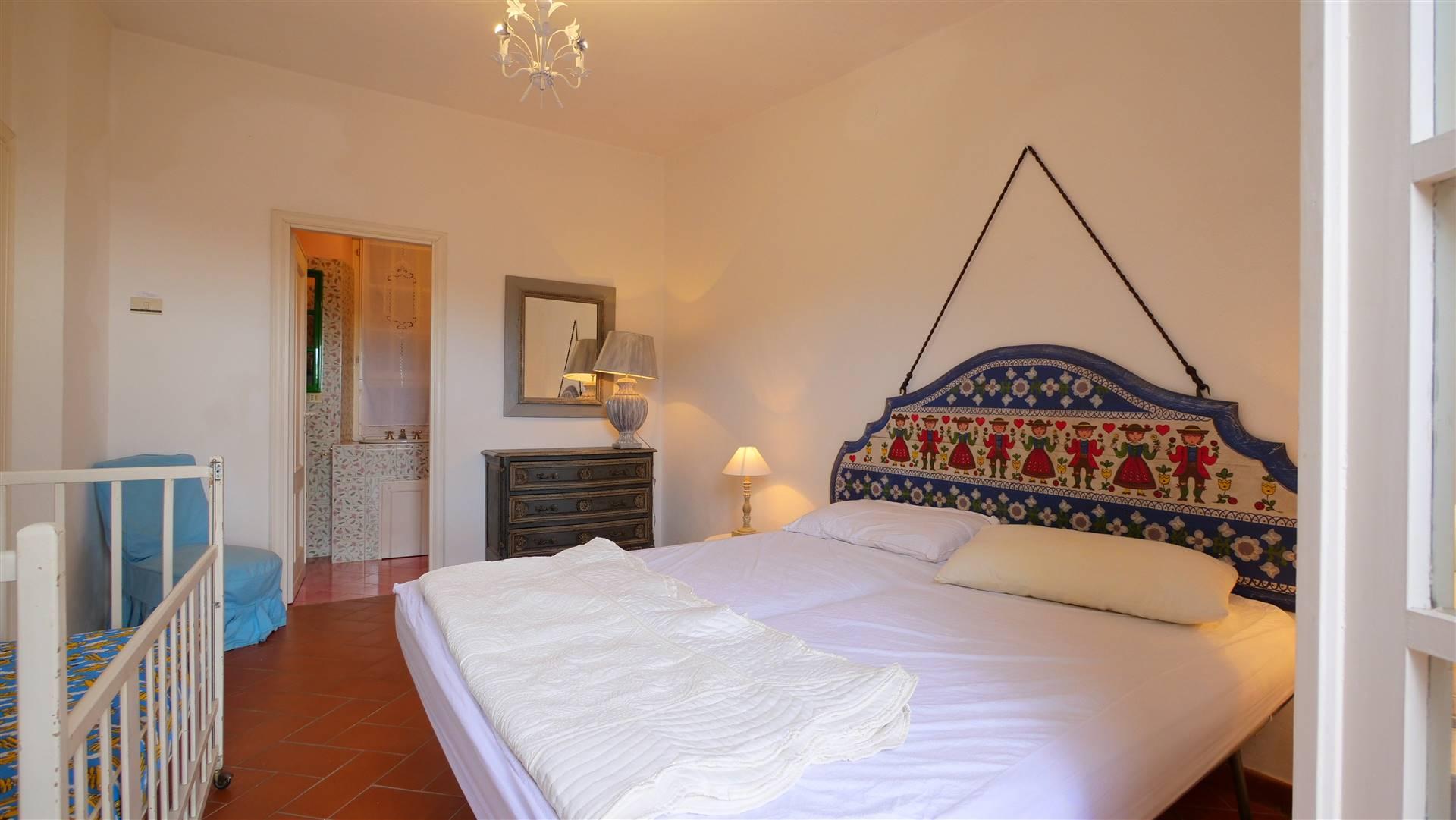 Appartamento in vendita a Levanto, 6 locali, zona Zona: Pastine, prezzo € 220.000 | CambioCasa.it