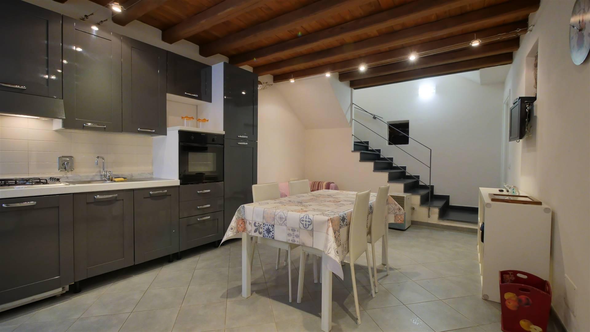 Soluzione Indipendente in vendita a Carrodano, 4 locali, zona a, prezzo € 125.000 | PortaleAgenzieImmobiliari.it