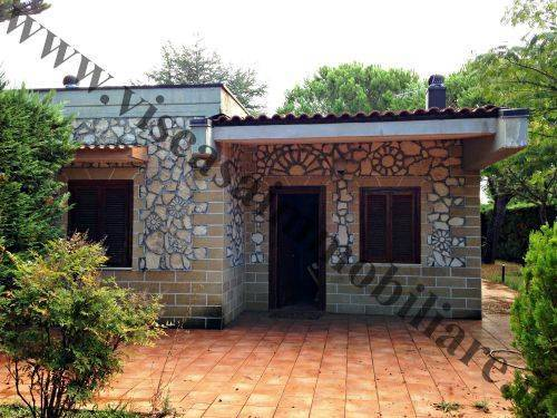 Villa a schiera, Grumo Appula, abitabile