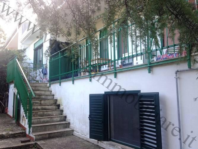 Villa, Cassano Delle Murge