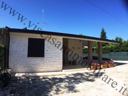 Villa, Cassano Delle Murge, ristrutturata