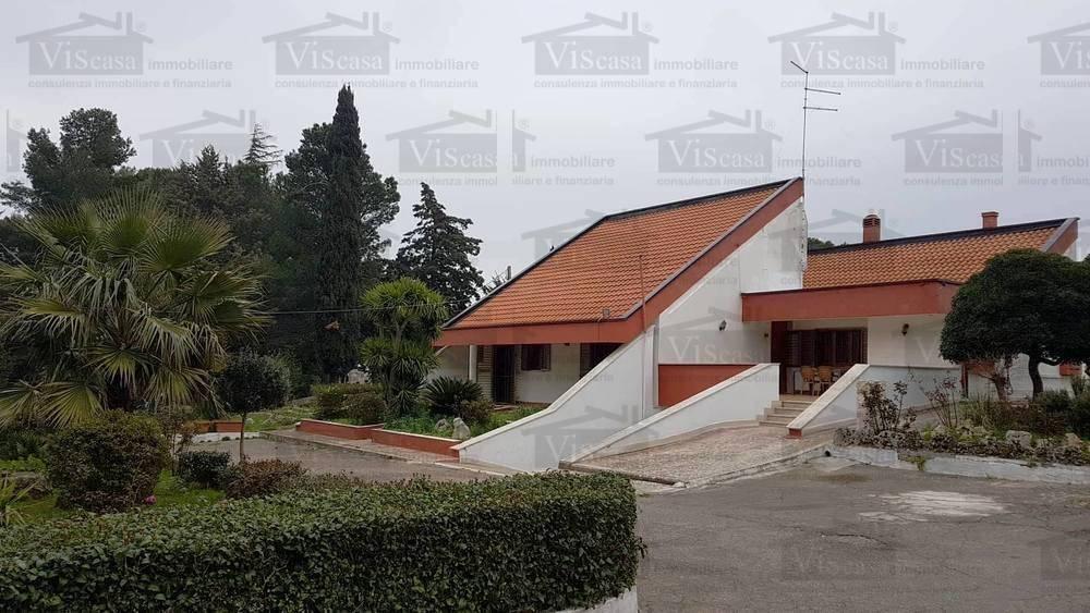 Villa, Acquaviva Delle Fonti