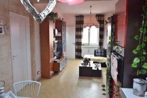 Appartamento in Via Barisano Da Trani,  44, Palermo