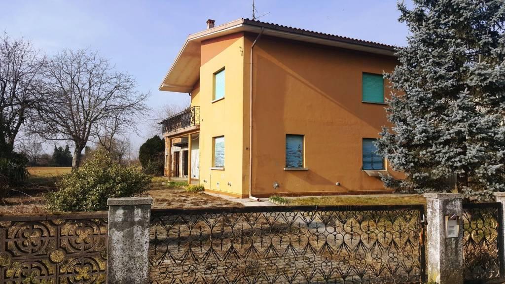 Casa semi indipendente, Galleriano, Lestizza, da ristrutturare