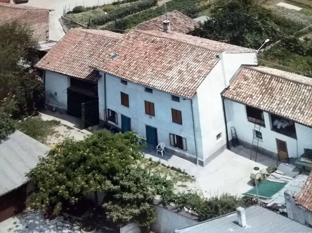 Casa semi indipendente, Pozzuolo Del Friuli, da ristrutturare