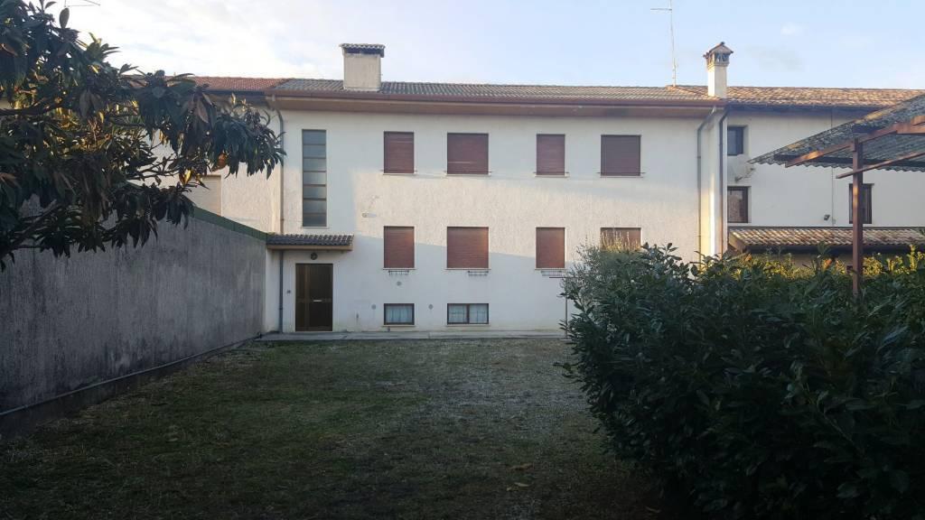 Casa semi indipendente, Castions Di Strada