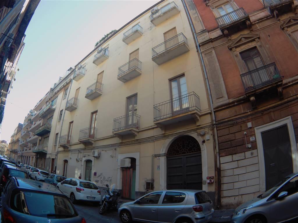 Trilocale in Via Finocchiaro Aprile 122, Via Etnea - Via Umberto, Catania