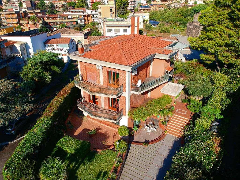 Villa, Catania