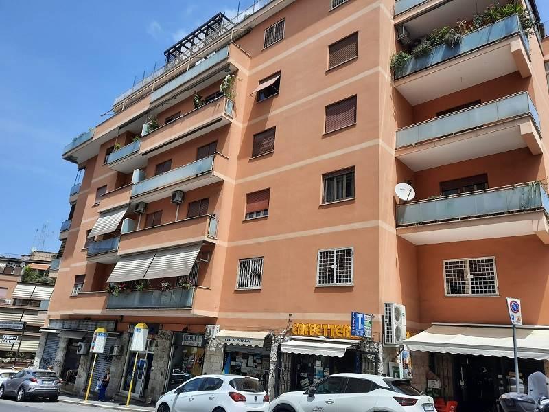 Appartamento in vendita a Roma, 6 locali, zona Zona: 27 . Aurelio - Boccea, prezzo € 370.000 | CambioCasa.it