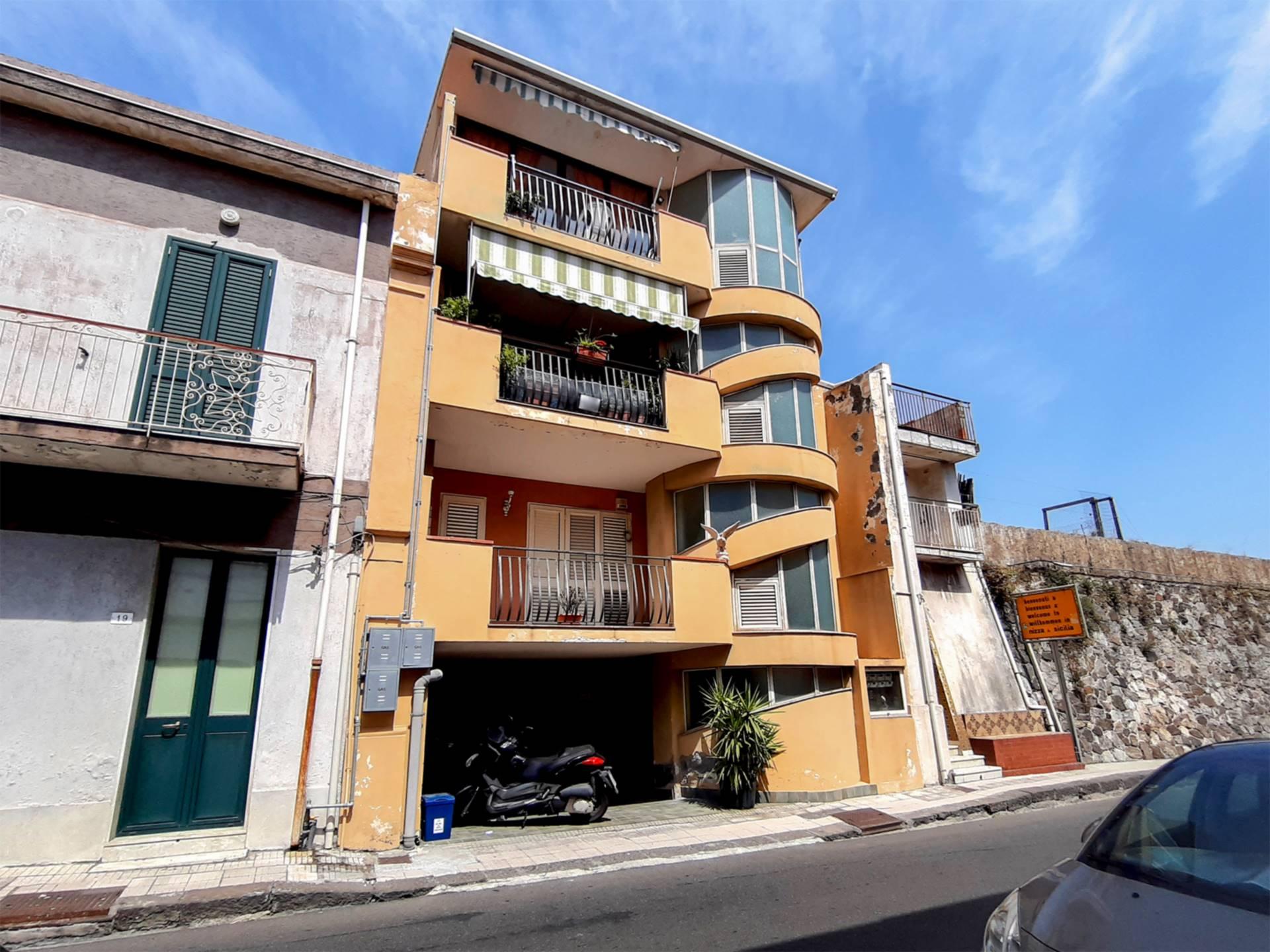 Appartamento in vendita a Nizza di Sicilia, 4 locali, prezzo € 137.000 | PortaleAgenzieImmobiliari.it