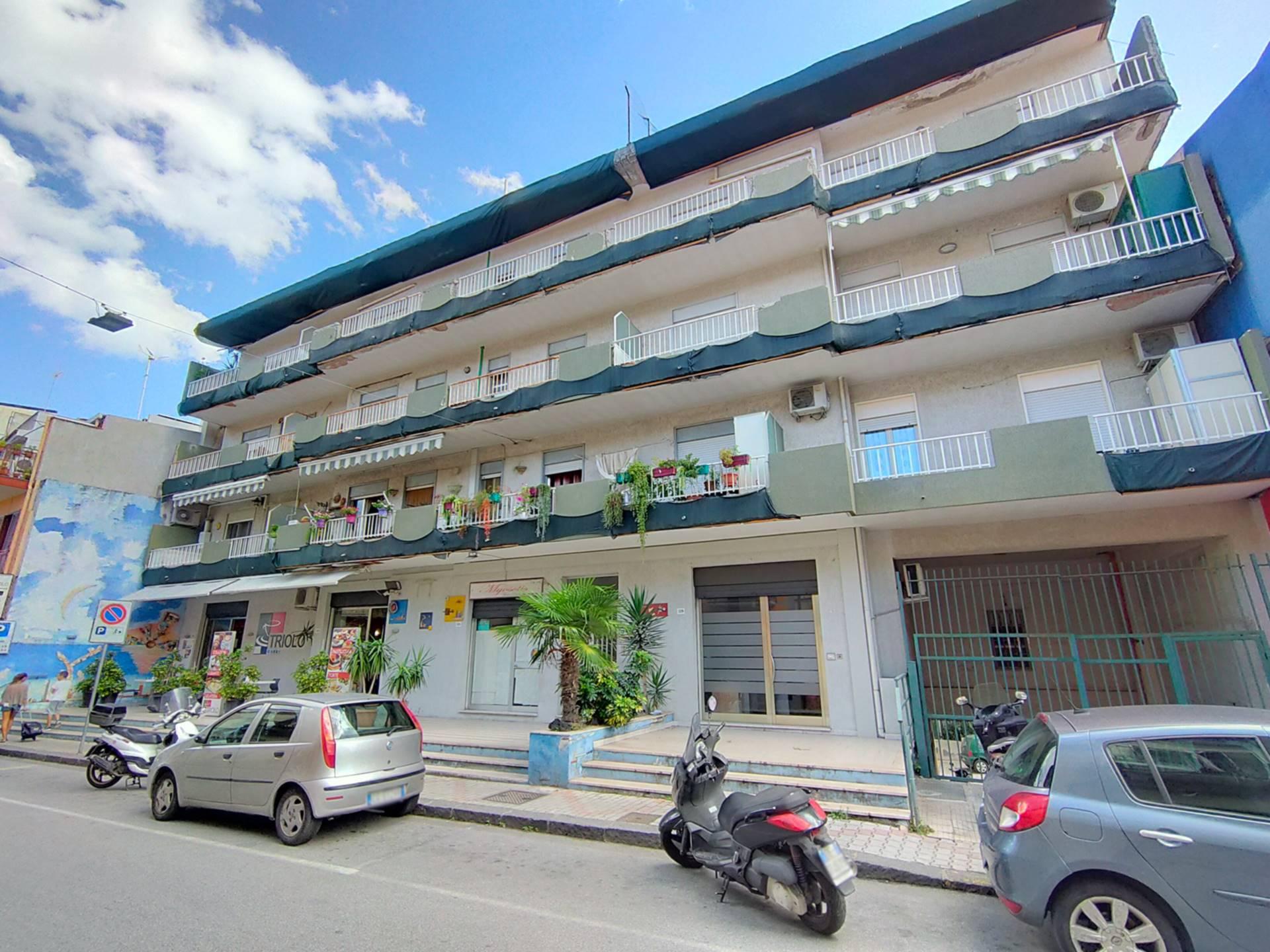 Appartamento in vendita a Alì Terme, 3 locali, prezzo € 115.000 | CambioCasa.it