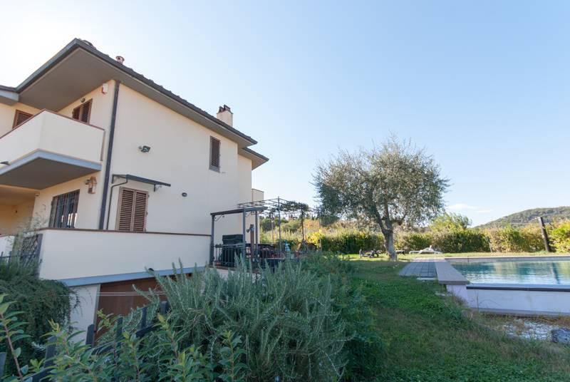 Villa a Schiera in Vendita a San Casciano in Val di Pesa