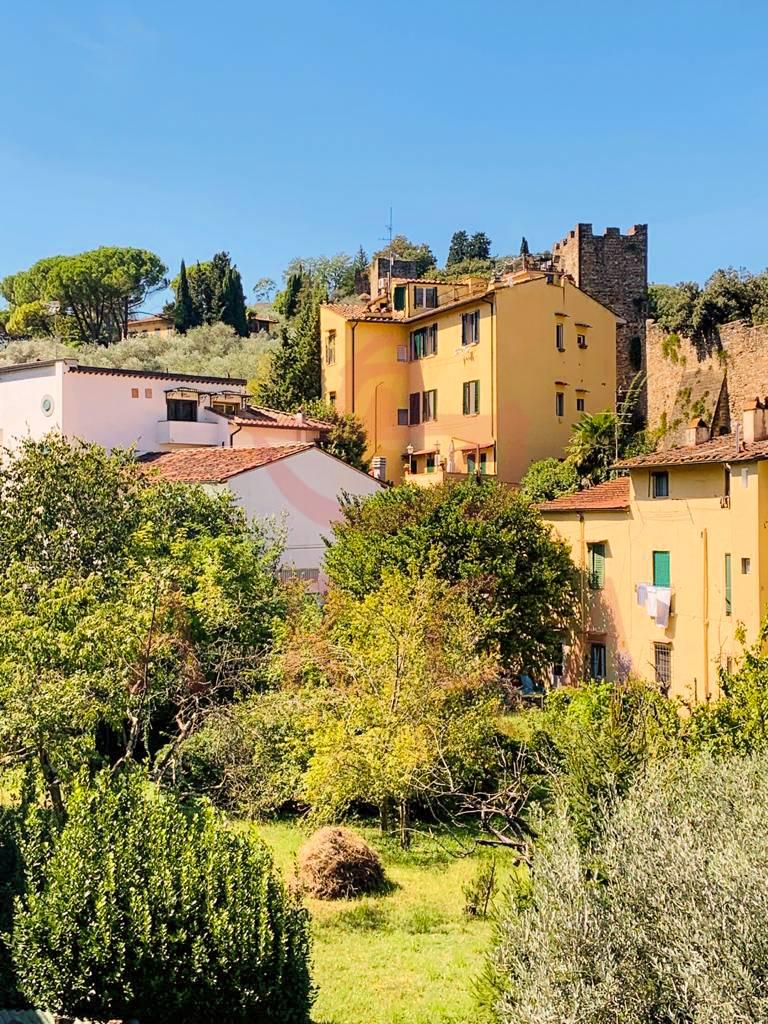 Appartamento in vendita a Firenze, 2 locali, zona Località: SAN NICCOLÒ, prezzo € 800 | CambioCasa.it