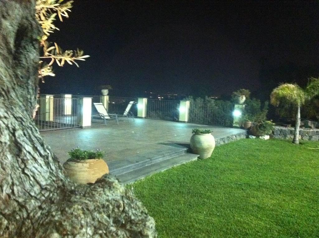 Villa, San Gregorio Di Catania, in ottime condizioni