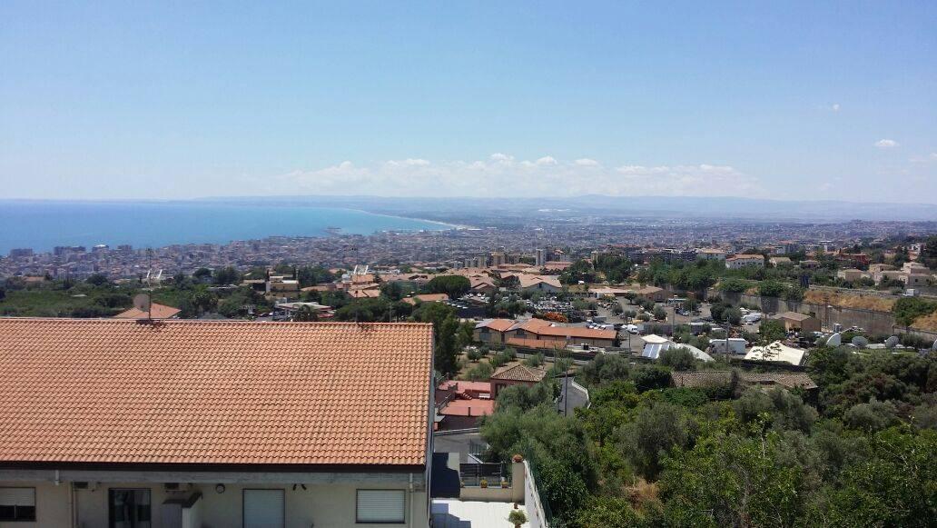 Villa in vendita a San Gregorio di Catania, 10 locali, zona Località: CARRUBBAZZA, prezzo € 680.000   CambioCasa.it