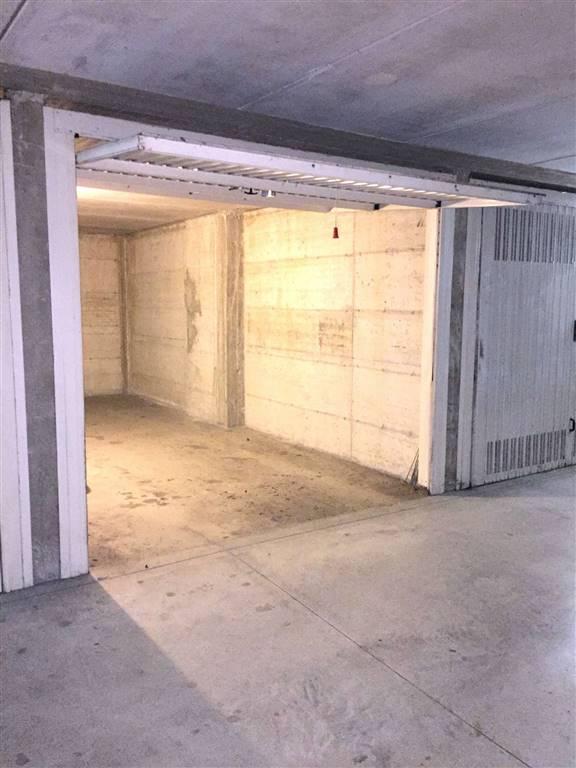 Garage / Posto auto, Arcore, in ottime condizioni