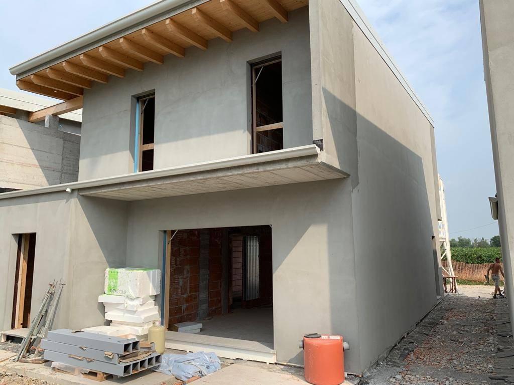 Villa a schiera, Rivoltella Del Garda, Desenzano Del Garda, in nuova costruzione