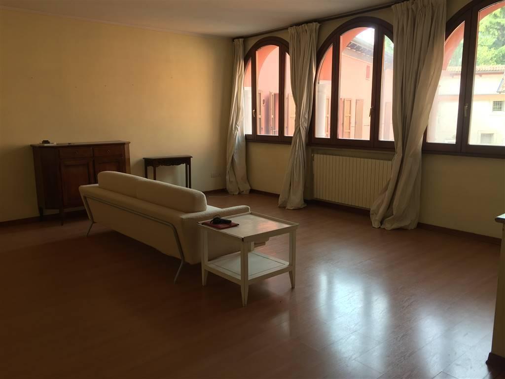 Appartamento in vendita a Soiano del Lago, 3 locali, prezzo € 160.000 | CambioCasa.it