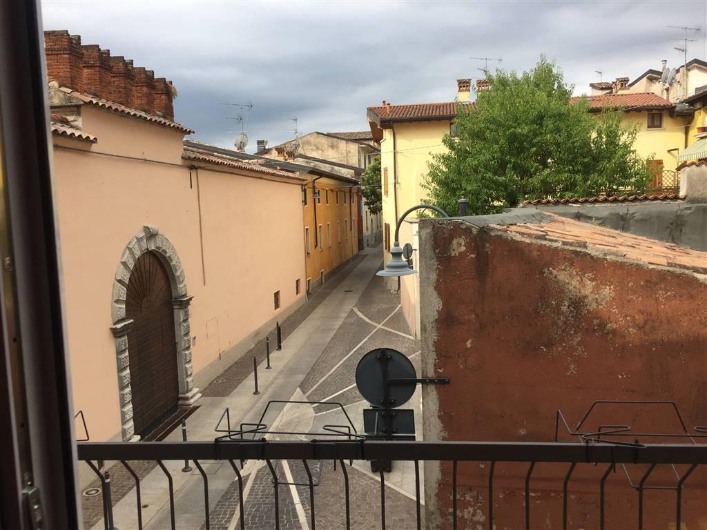 Soluzione Semindipendente in vendita a Moniga del Garda, 5 locali, prezzo € 350.000 | PortaleAgenzieImmobiliari.it