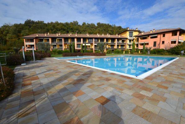 Appartamento in vendita a Puegnago sul Garda, 2 locali, zona Zona: Palude, prezzo € 169.000 | CambioCasa.it