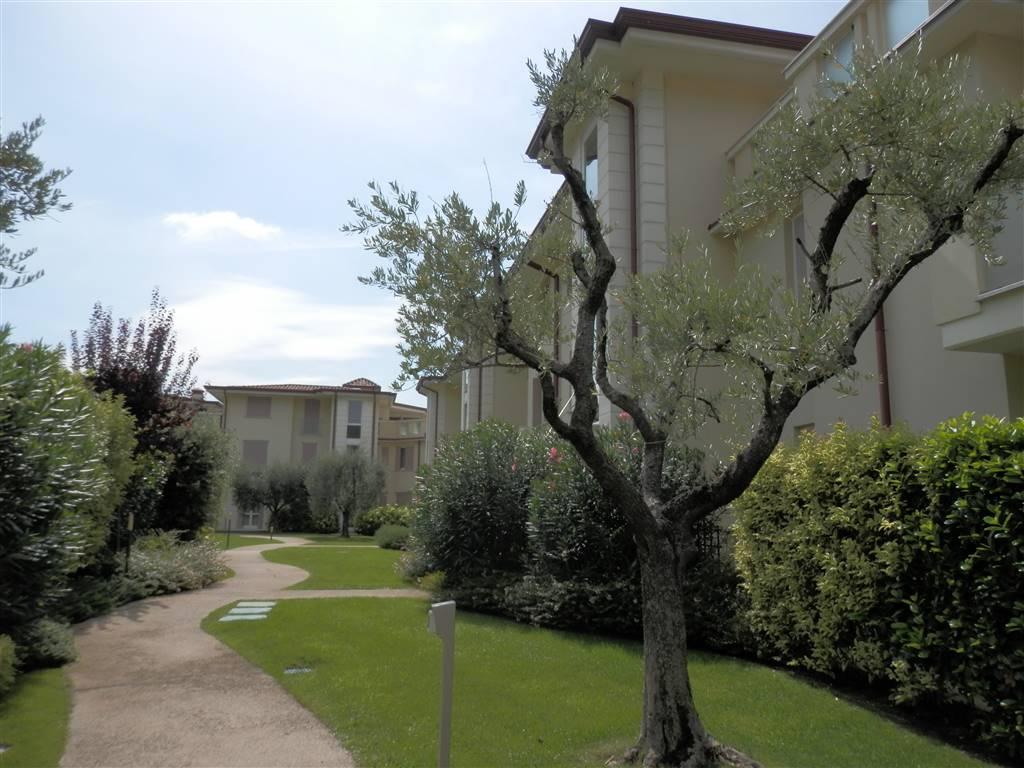Trilocale in Via A. De Gasperi 5, Campoverde, Salo'