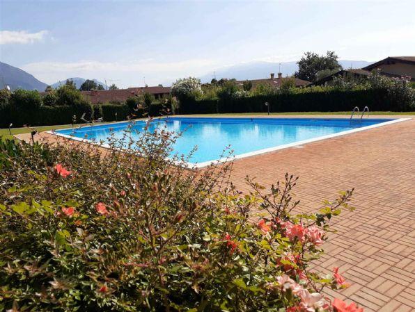 Appartamento in vendita a San Felice del Benaco, 3 locali, prezzo € 258.000   CambioCasa.it