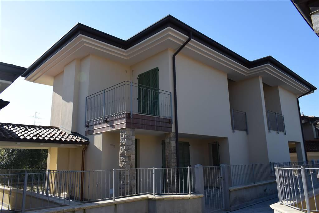 Appartamento in vendita a Bedizzole, 4 locali, zona Zona: Masciaga, prezzo € 369.000 | CambioCasa.it