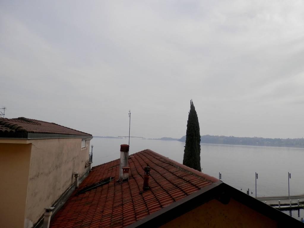 Appartamento in vendita a Gardone Riviera, 2 locali, prezzo € 160.000 | CambioCasa.it