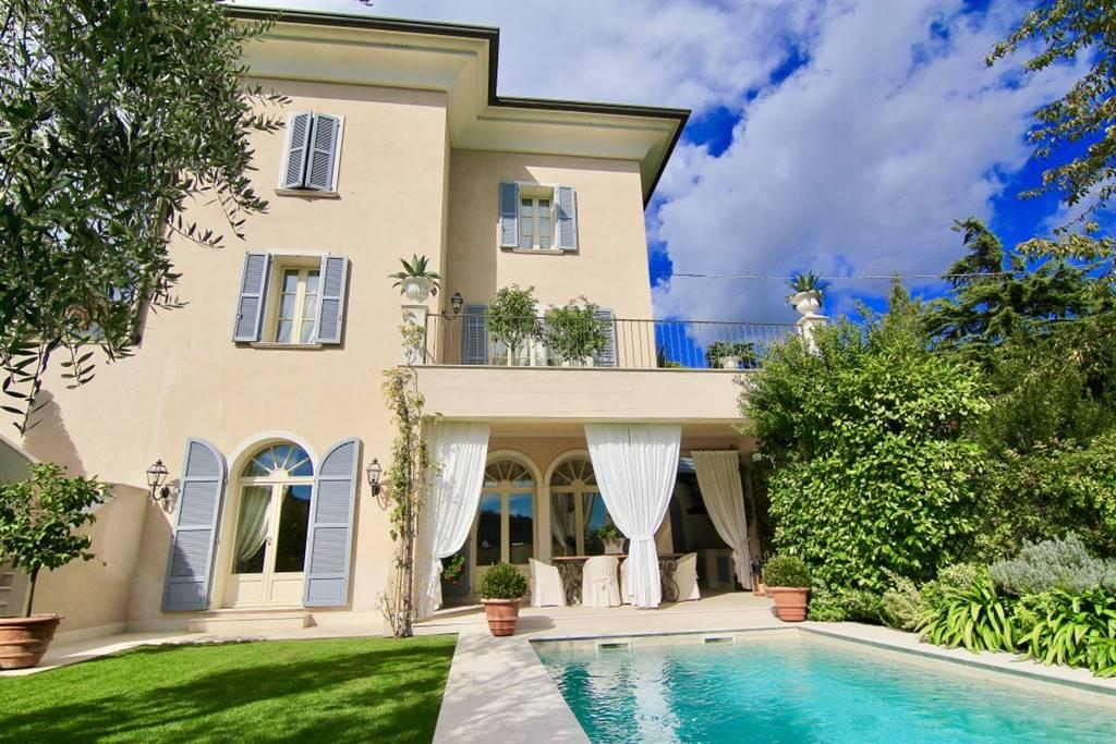 Villa in vendita a Roè Volciano, 5 locali, zona ini, prezzo € 1.250.000 | PortaleAgenzieImmobiliari.it