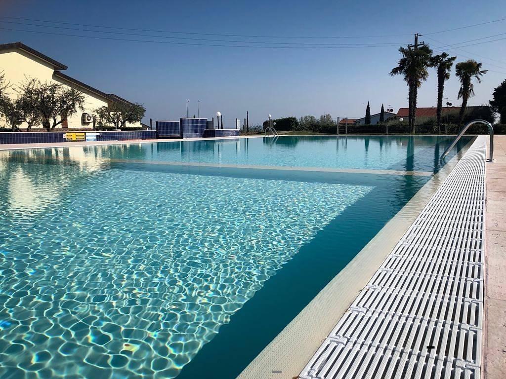Appartamento in affitto a Moniga del Garda, 2 locali, prezzo € 2.610 | CambioCasa.it