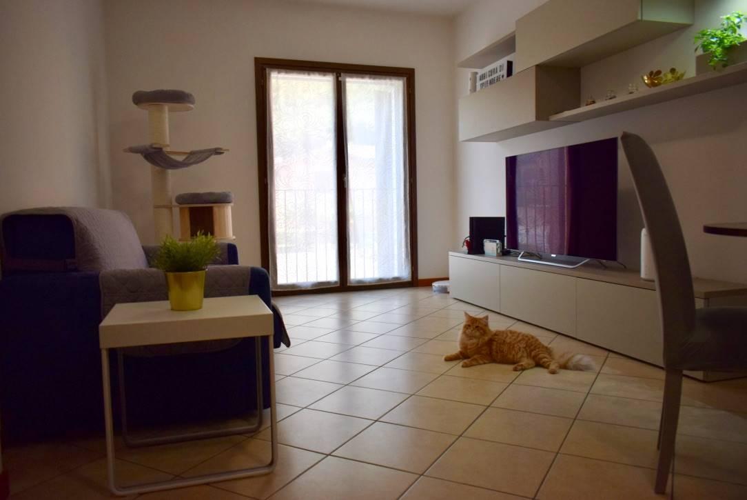 Appartamento in vendita a Villanuova sul Clisi, 3 locali, prezzo € 98.000 | CambioCasa.it