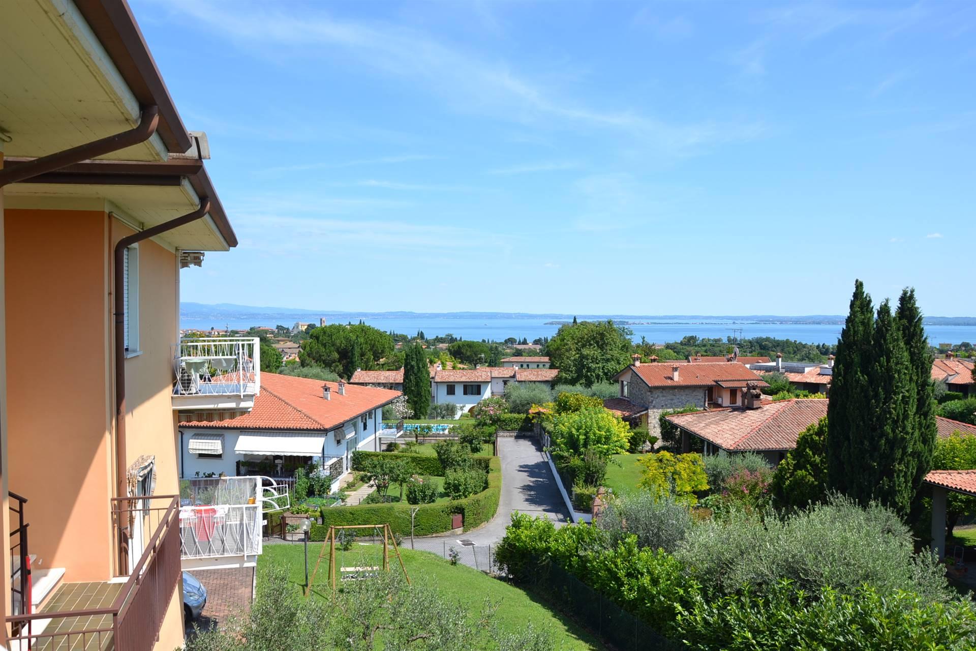 Appartamento in vendita a Soiano del Lago, 3 locali, prezzo € 145.000 | CambioCasa.it