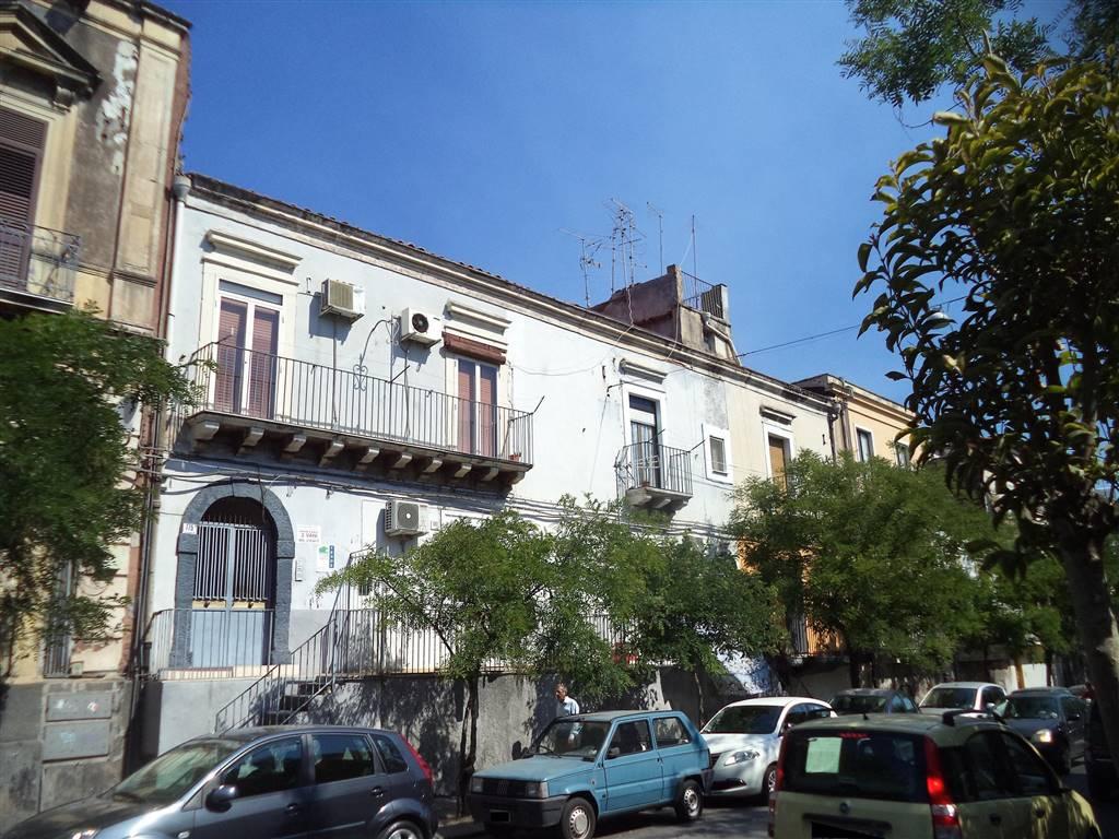 Casa semi indipendente in Via Plebiscito 775, Catania