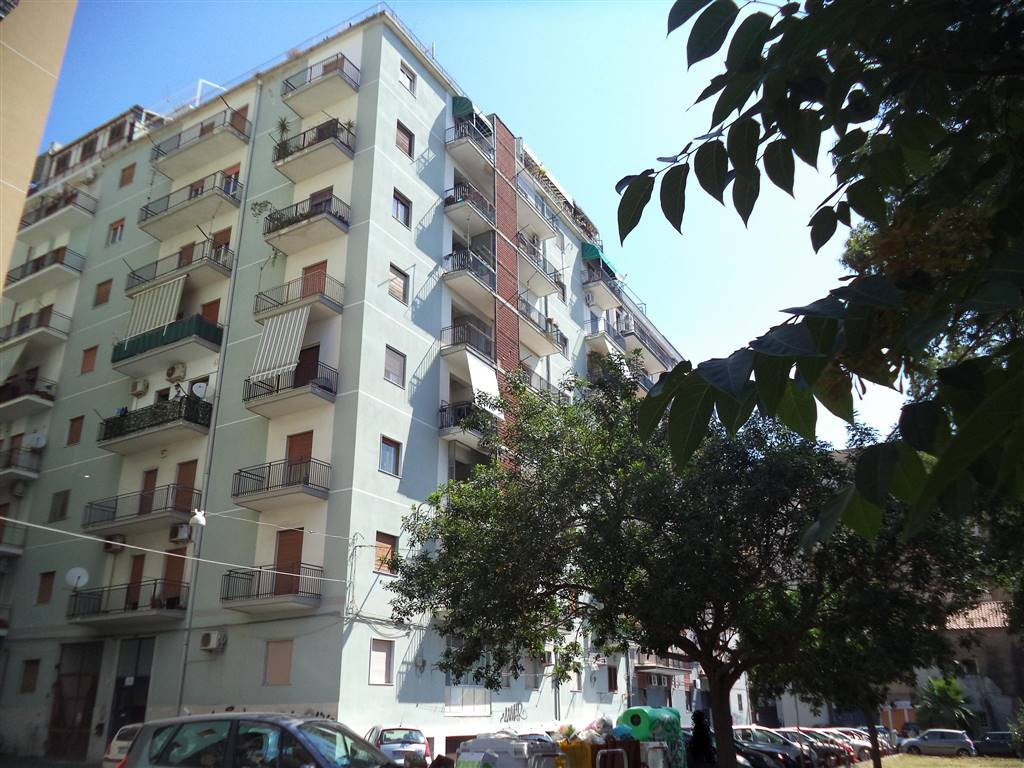 Trilocale, Catania, abitabile