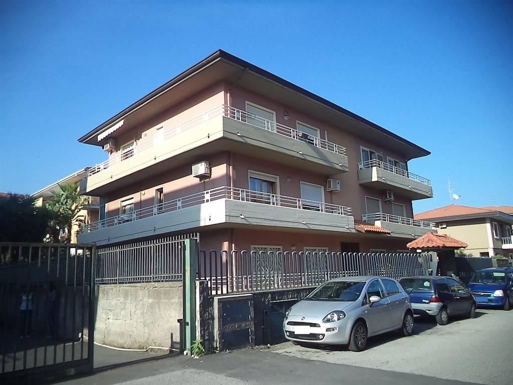Trilocale in Via Francesco Caracciolo 5, Mascalucia