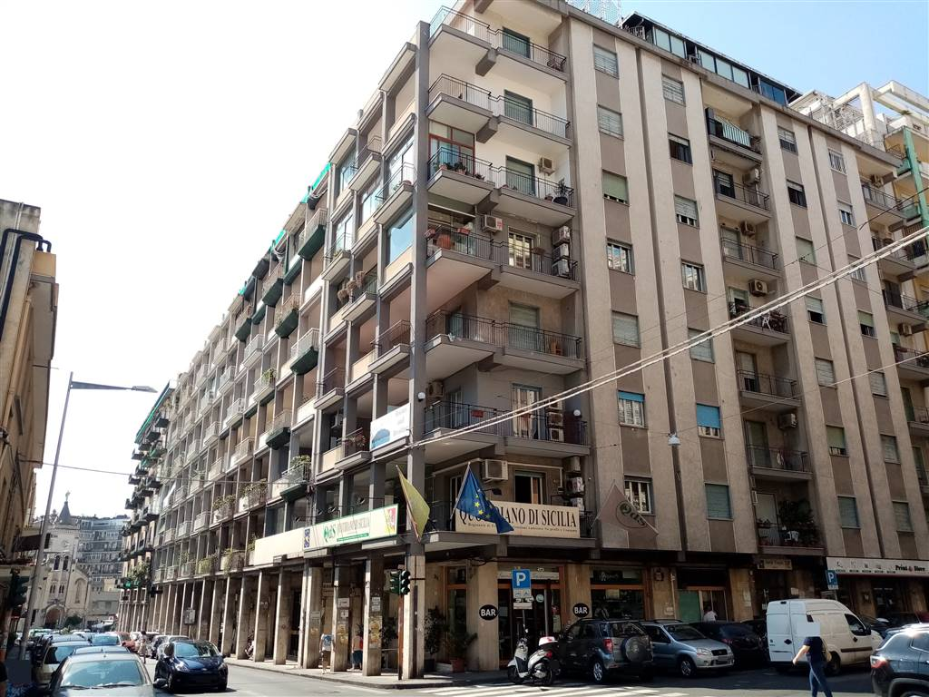 Bilocale in Via Principe Nicola  22, Catania