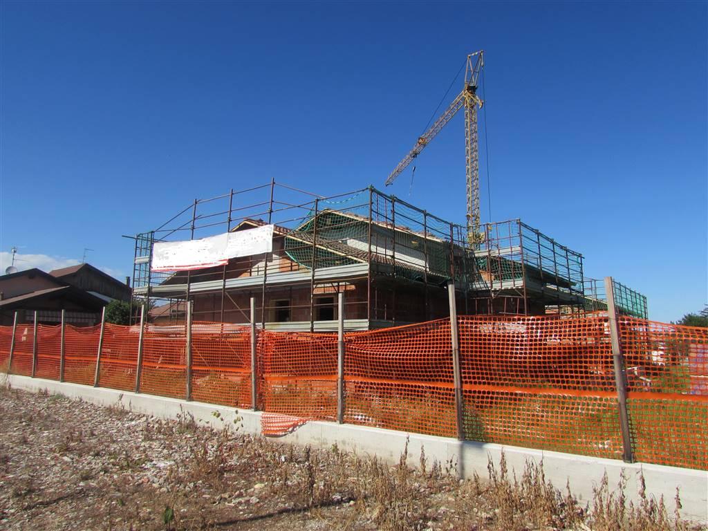 Villa, Benna, in nuova costruzione